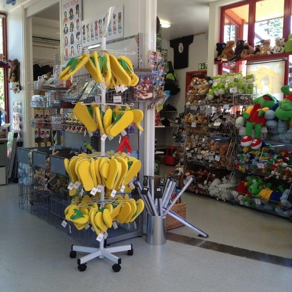 Магазин подарков в Коуволе