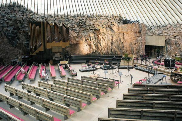 Церковь в скале Хельсинки
