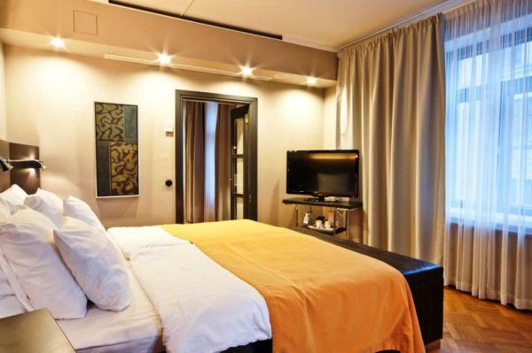 Комфортабельный номер в отеле Sokos Hotel Torni