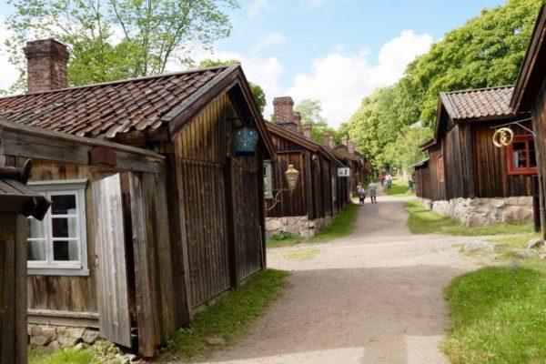 Музей ремесел Луонстаринмяки - это целый ремесленный квартал