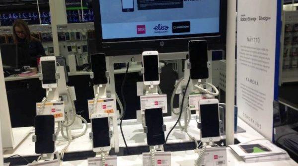 Покупка Айфона в Финляндии