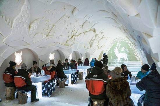 Ресторан в Снежном замке