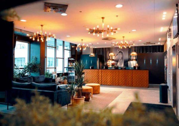 Помимо прочего, гостей Лаппеенранты приглашают остановиться в комфортабельном отеле Sokos, находящемся под крышей ТЦ IsoKristina