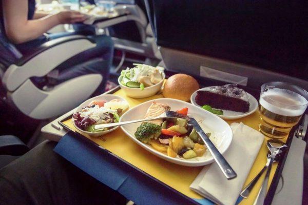 Питание для пассажиров