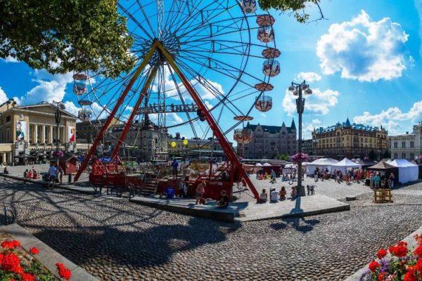 Летом самое время для поездки в Тампере – крупный исторический и образовательный центр, который также готов предложить гостям всевозможные развлечения
