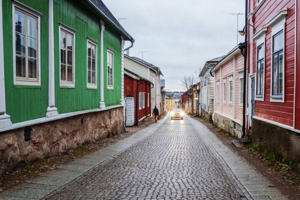 Весь город – загадка. Полуфинский, полушведский, с брусчатыми мостовыми и деревянными домиками