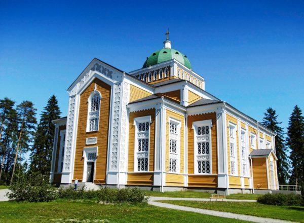 Церковь Керимяки - самая большая в мире деревянная церковь