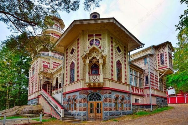 Фантастическая старинная усадьба Раухалинну